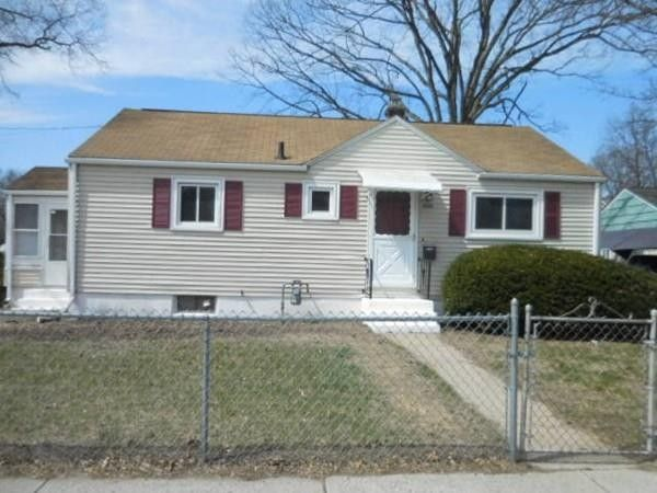 1066 Carew St Springfield, MA 01104