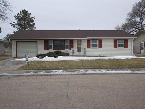 Photo of 619 E 7th St, Oakley, KS 67748