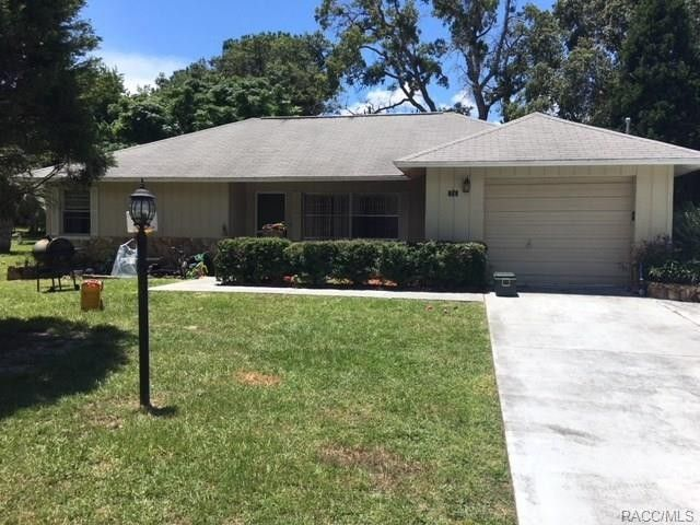56 New Florida Ave, Beverly Hills, FL 34465