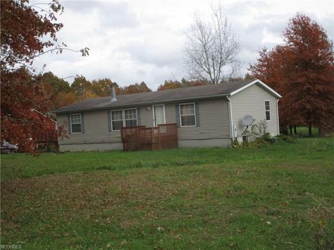 6762 Bogue Rd, Rome, OH 44085