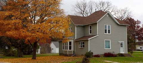 Photo of 355 E 2nd Ave, Woodhull, IL 61490