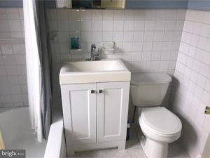 Perfect Gay Bathroom Property