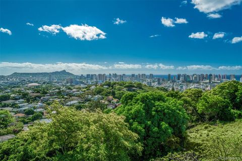 2155 Puualii Pl, Honolulu, HI 96822