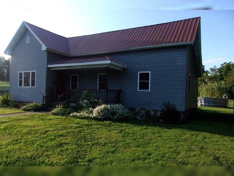 310 E Main St, McLeansboro, IL 62859