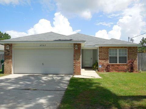 8962 Timber Ln, Navarre, FL 32566
