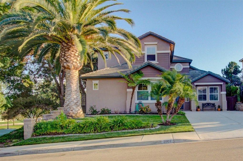 3907 Stoneridge Rd, Carlsbad, CA 92010