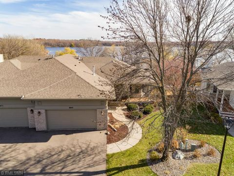 Photo of 8975 Garland Ct, Eden Prairie, MN 55347