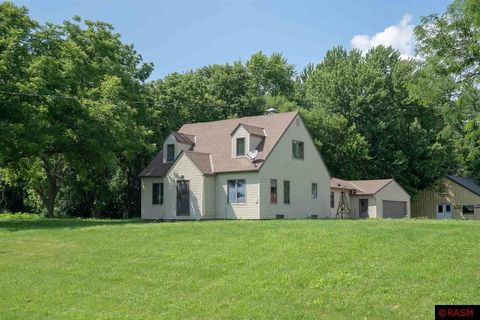 Photo of 83878 300th St, Madelia, MN 56062