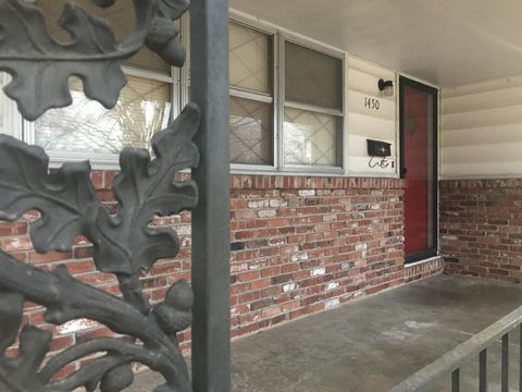 1450 E Crestview St, Springfield, MO 65804