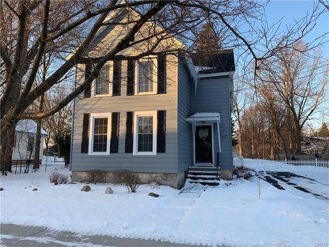 Photo of 517 Orchard St Unit 1, Fayetteville, NY 13066