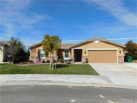 1350 Benchmark St, Beaumont, CA 92223
