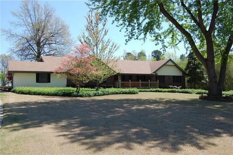 Photo of 3001 Valley View Dr, Springdale, AR 72762