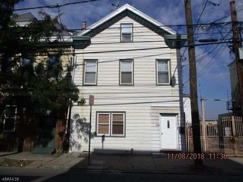 110 Fleming Ave, Newark, NJ 07105