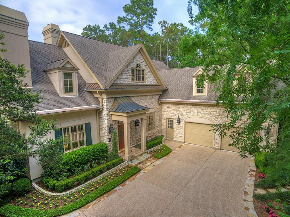 11 Wooded Brook Dr, The Woodlands, TX 77382