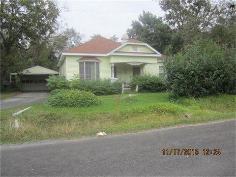 1930 Green Ave, Port Arthur, TX 77642