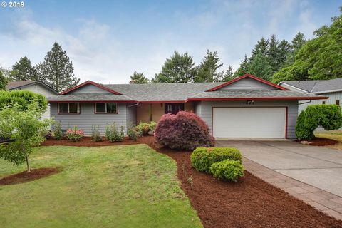Photo of 10951 Se Stevens Way, Happy Valley, OR 97086