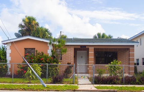 Photo of 514 20th St, West Palm Beach, FL 33407
