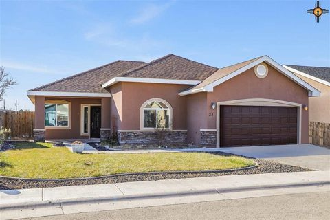 Photo of 34 Acoma Ct, Hobbs, NM 88240