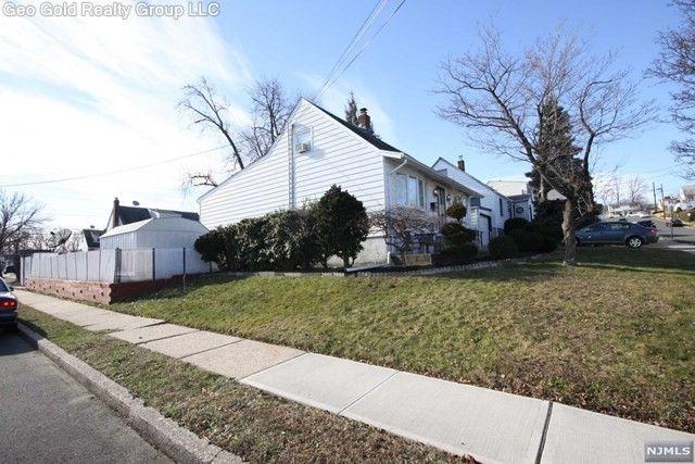 19 Barnard Pl, North Arlington, NJ 07031