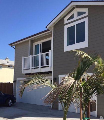 1020 Waterbury Ln, Ventura, CA 93001