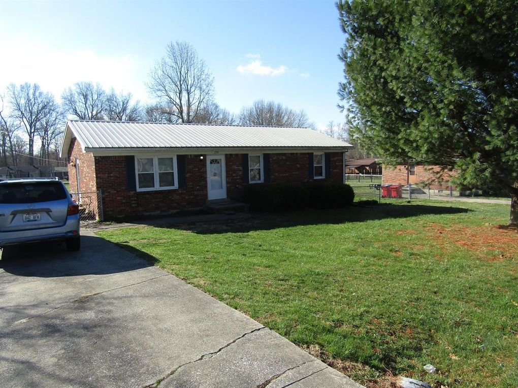 259 Cherry Ln Frankfort, KY 40601