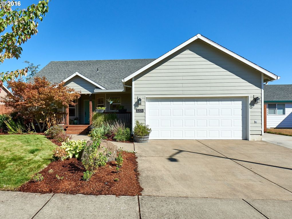 2271 Sw Redmond Hill Rd, McMinnville, OR 97128
