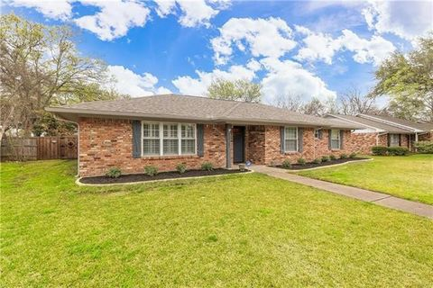 Photo of 13727 Spring Grove Ave, Dallas, TX 75240