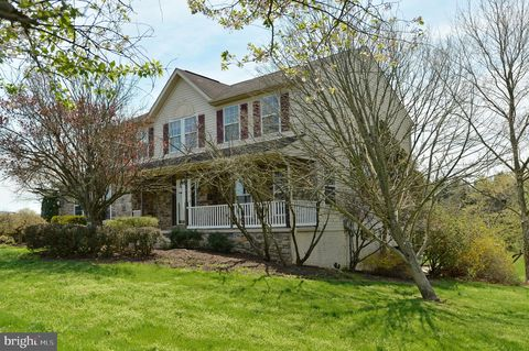 Photo of 134 Cabbin Run Dr, Harpers Ferry, WV 25425