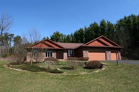 Photo of 8427 Arbor Trace Dr, Verona, WI 53593