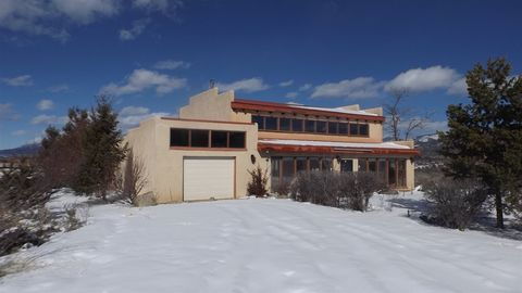 Photo of 223 Roy Rd, Taos, NM 87571