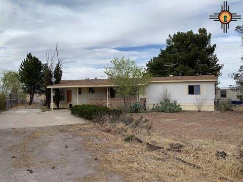 Photo of 650 Hummingbird Dr, Las Cruces, NM 88007