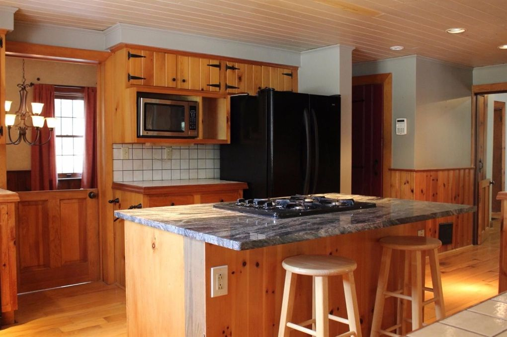 6842 Gaynor Rd, Goshen Township, OH 45122 - Kitchen