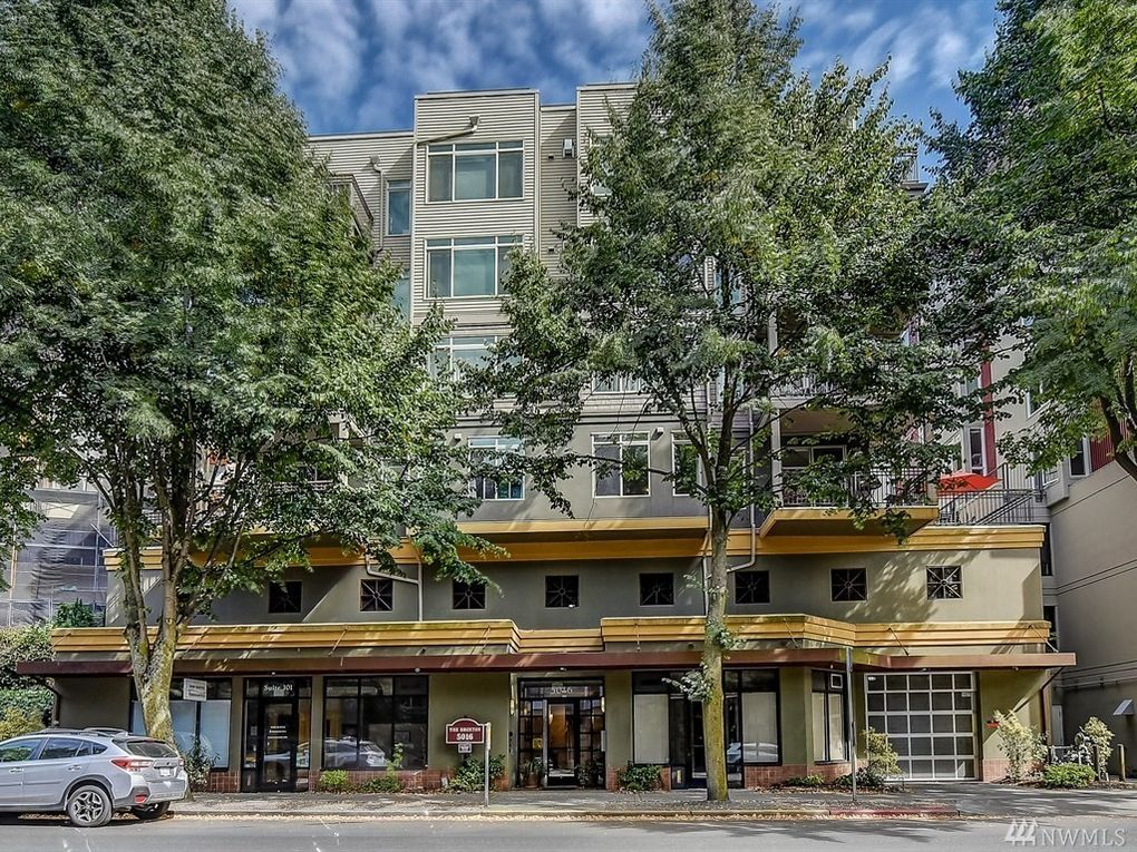 5016 California Ave Sw Apt 302, Seattle, WA 98136
