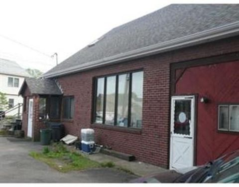 75 Roosevelt St, Revere, MA 02151