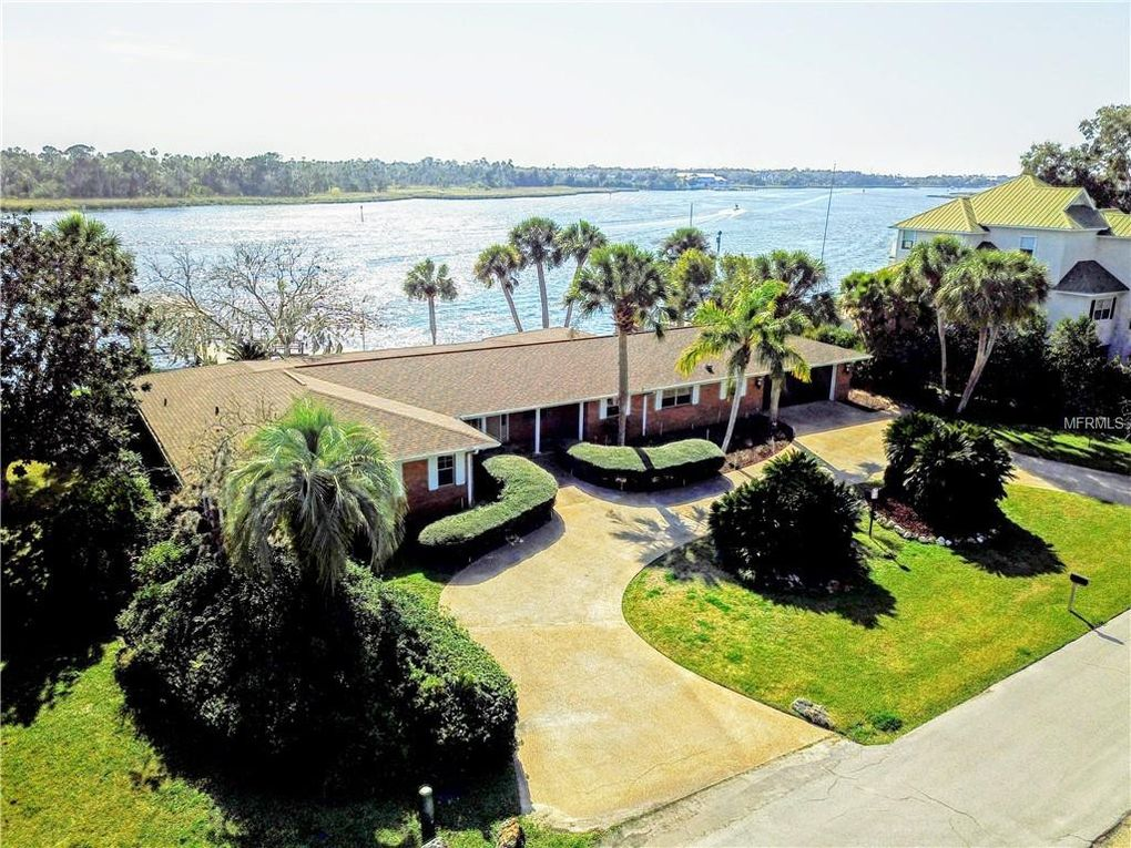 2120 Nw 14th St, Crystal River, FL 34428
