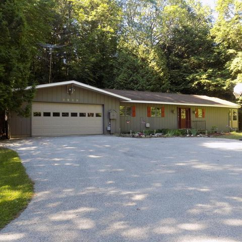 5929 w river view dr ludington mi 49431 home for sale and real estate listing