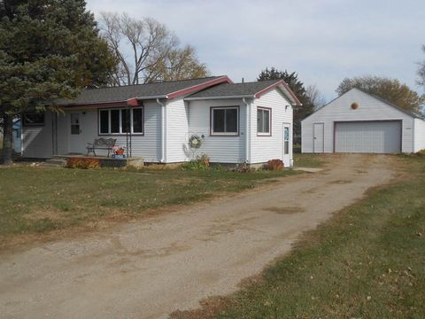 104 3rd Ave, Tulare, SD 57476