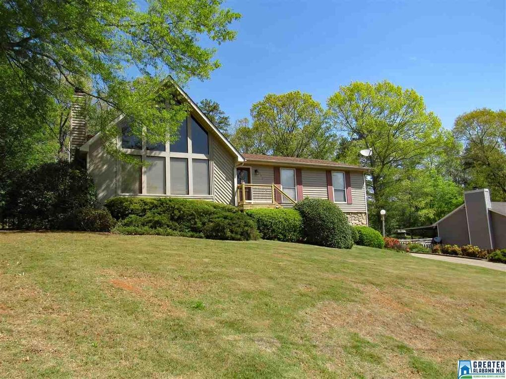 108 Cahaba Forest Dr, Trussville, AL 35173