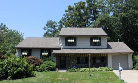 25 Cliffwood Dr, Neptune Township, NJ 07753