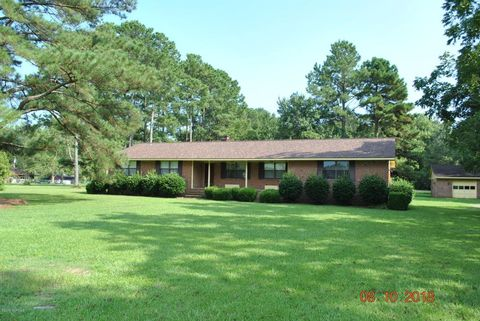 706 Harther Dr, Jacksonville, NC 28540