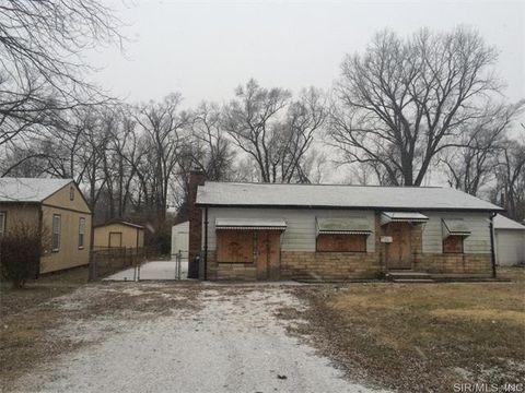 18 Edgar St, East Saint Louis, IL 62206