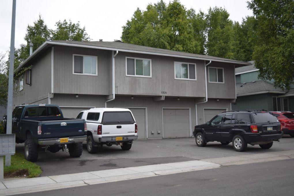 1221 Surrey Cir Apt 2, Anchorage, AK 99515