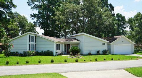 398 White Forest Ln, Livingston, TX 77351