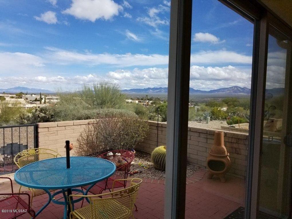 1280 W Camino Lucientes Green Valley, AZ 85622