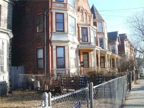 Photo of 580 Kossuth St, Bridgeport, CT 06608