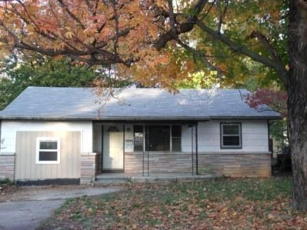 Photo of 1037 N Ethyl Ave, Springfield, MO 65802