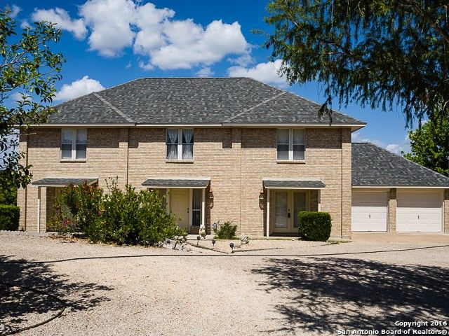 180 honeycomb ln n kerrville tx 78028 home for sale