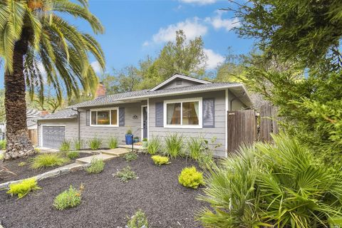 91 Gregory Dr, Fairfax, CA 94930