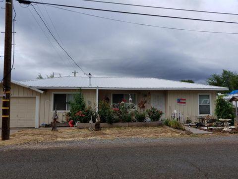 25116 8th St, Fall River Mills, CA 96028