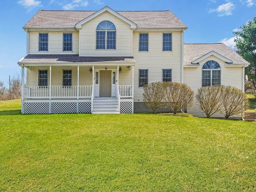 23 Old Worcester Rd Charlton, MA 01507